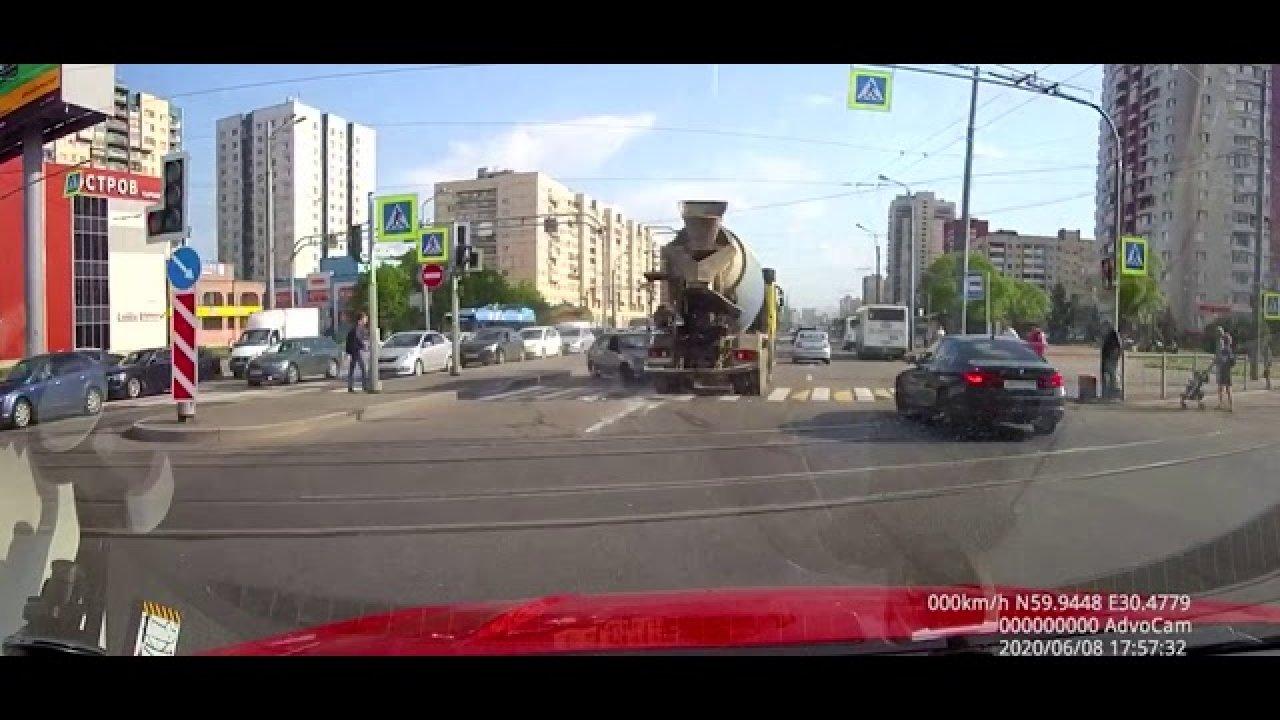 See veoautojuht absull ju teed ei jälgi