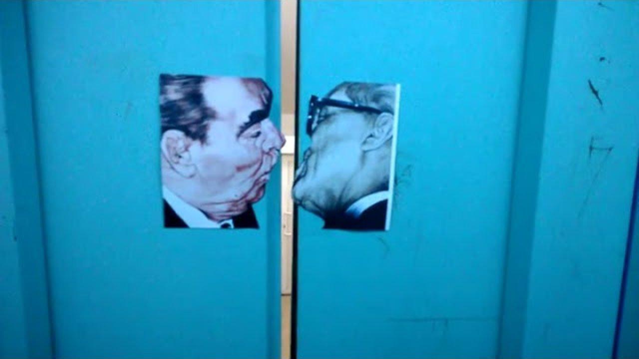 Suudlevad liftiuksed - Brezhnev ja Honecker