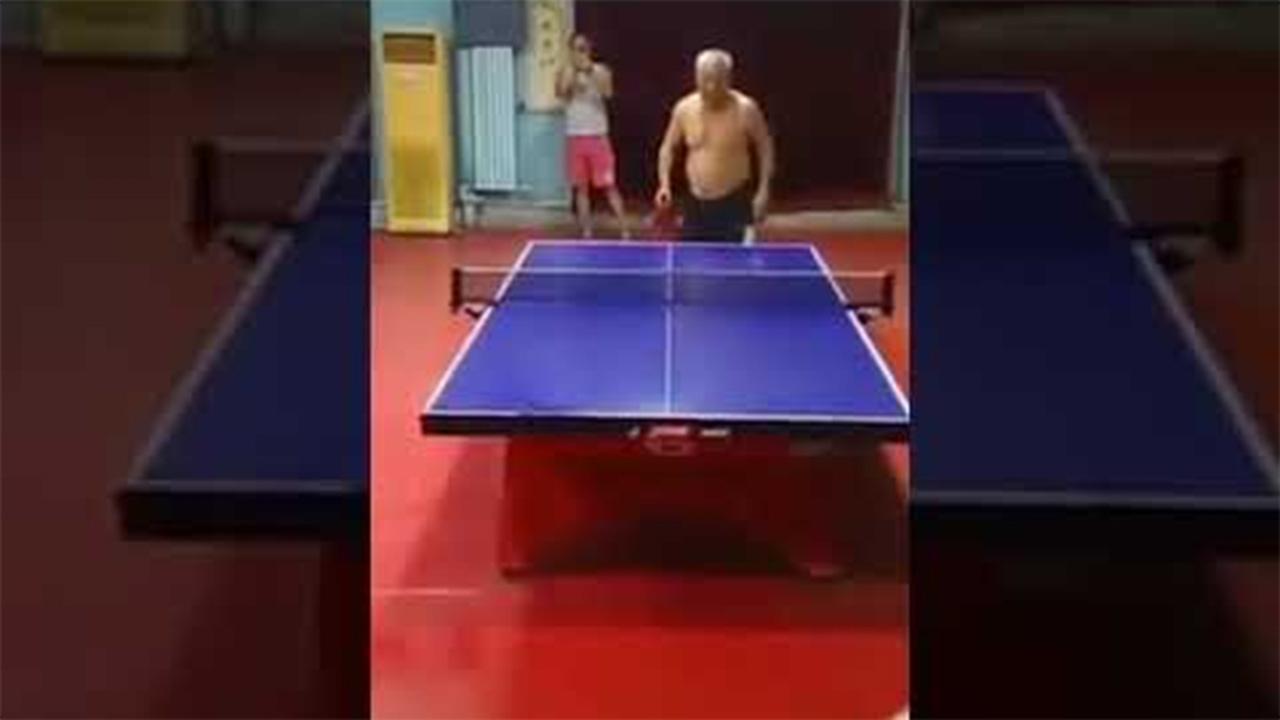 Kõva sulgpalli vanaisa!