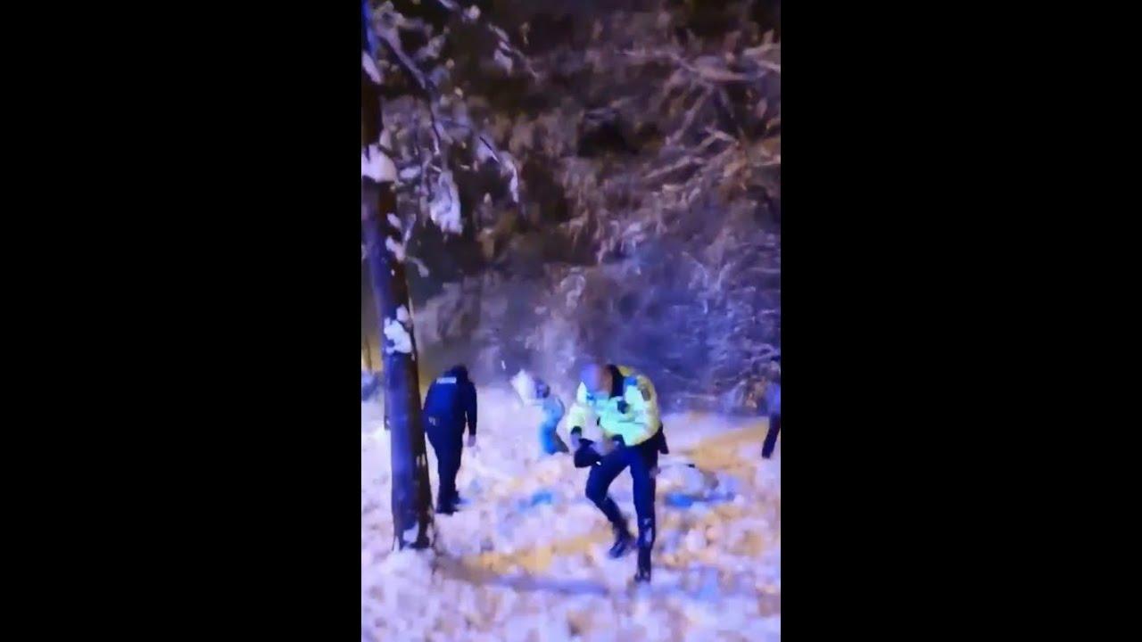 Rumeenias kutsuti välja eraldi lumesõjaga tegelev politseipatrull