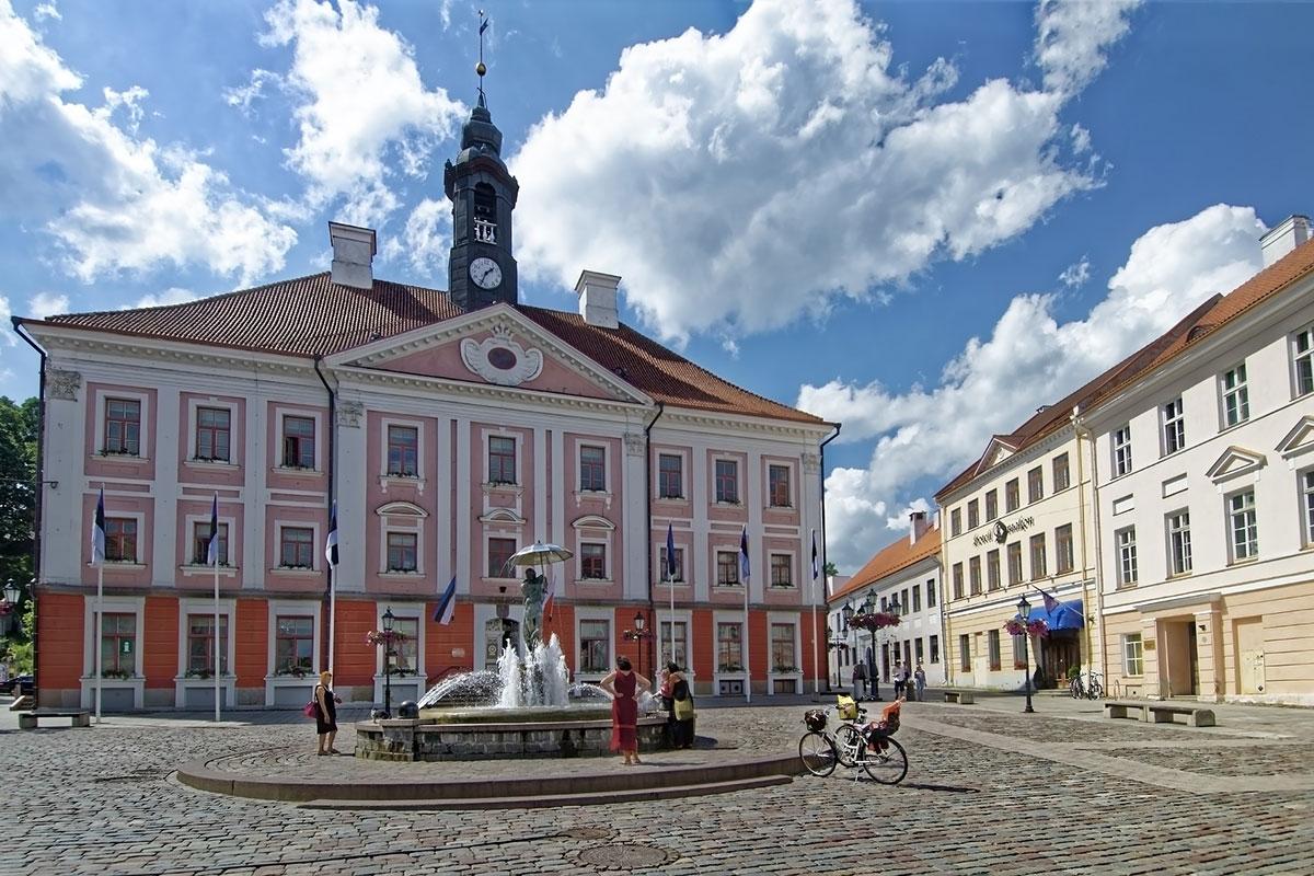 Tartu Linnavalitsus ja Terviseamet kutsuvad tartlasi käituma vastutustundlikult ja ettevaatlikult, et pidurdada ühiselt koroonaviiruse levik Tartus