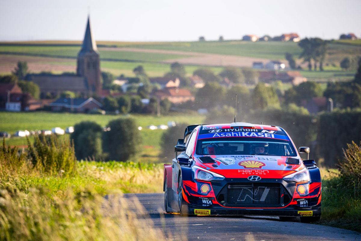 Reede võistluspäeva järel on Hyundaidel Belgia rallil kolmikjuhtimine