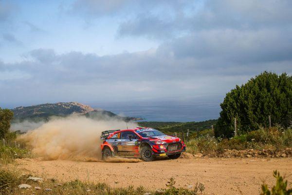 Sardiinia ralli 18. katse võitis Neuville, draama WRC2 klassis