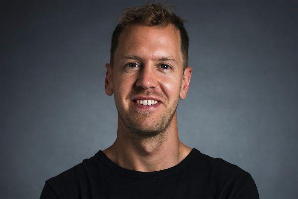 Ametlik: Vettel liitub järgmisest hooajast Aston Martin F1 meeskonnaga