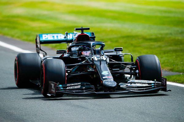 Hamilton oli Suurbritannia GP kvalifikatsiooni kiireim
