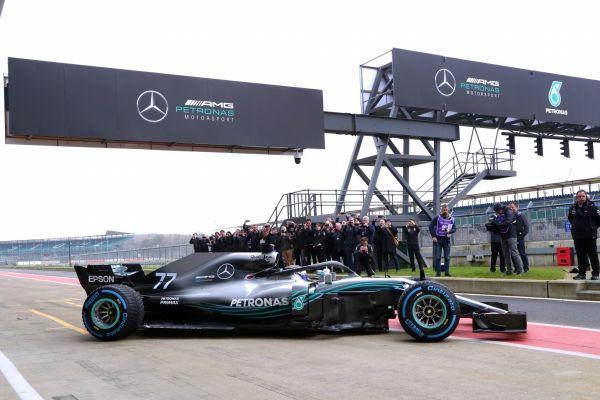 Vormel-1 esmaesitlus 2018: Mercedes F1 W09 EQ