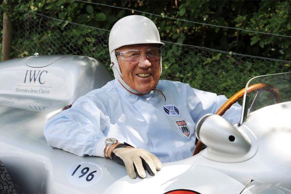 Täna suri pika haiguse järel vormel-1 legend Sir Stirling Moss
