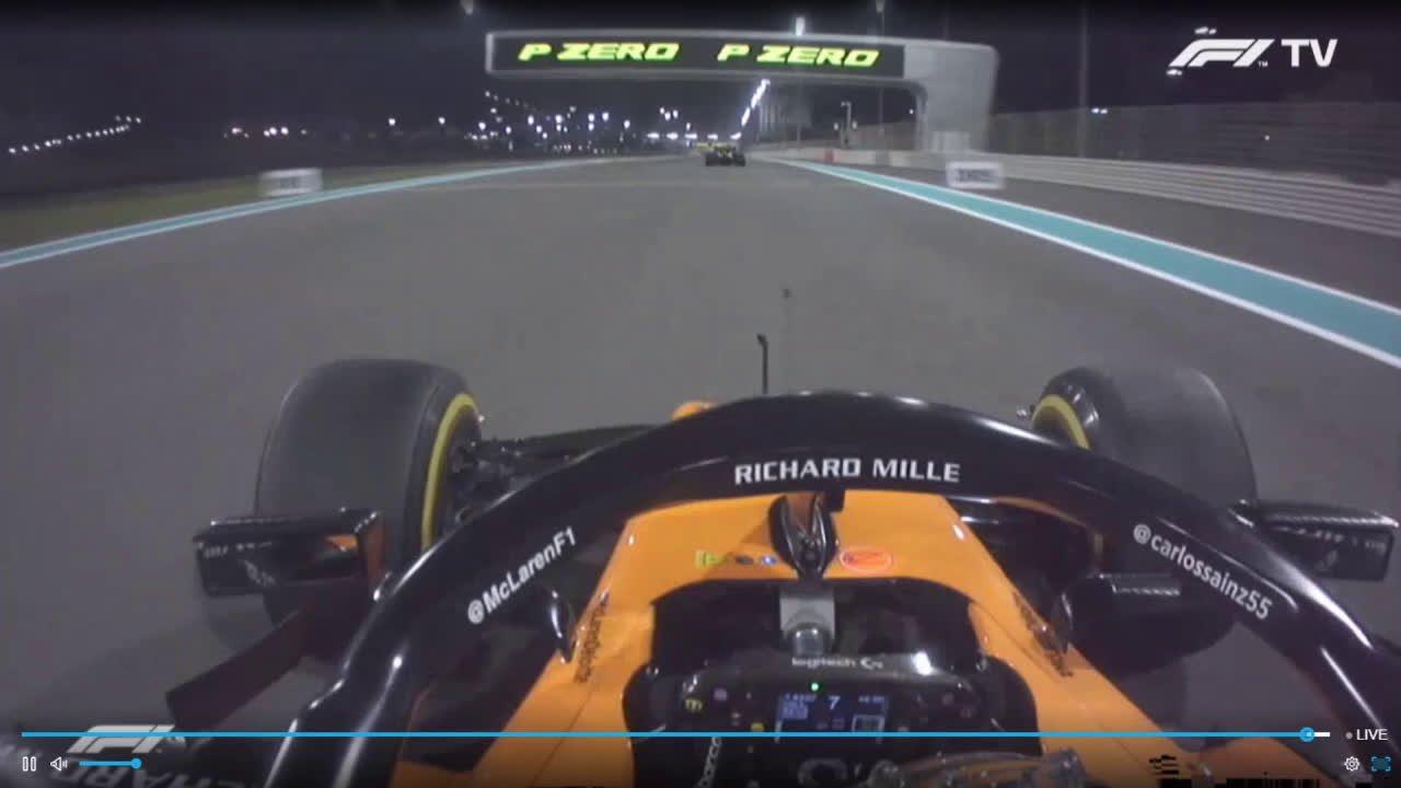 Araabia Ühendemiraatide GP 2019 - sõit, Sainzi möödasõit Hulkenbergist